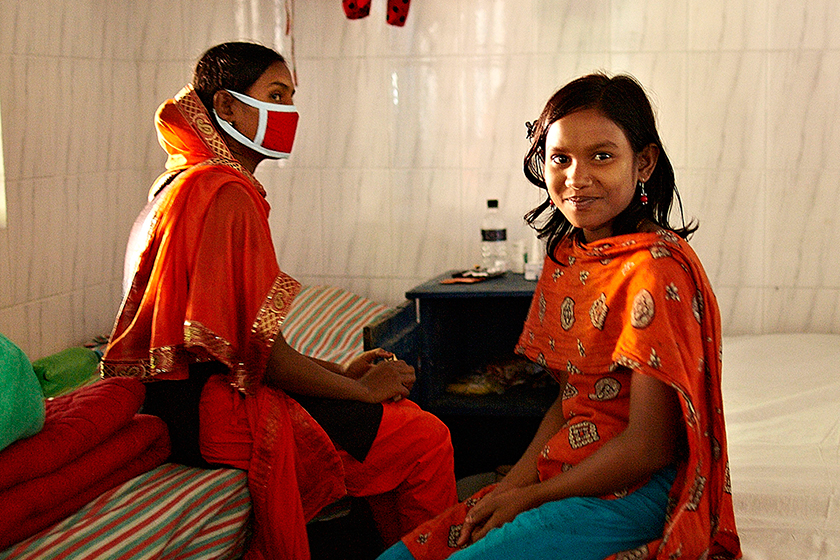 TB clinic  in Bangladesh (photo © Damien Foundation)